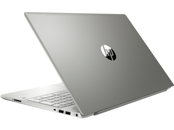 HP Pavilion 15-cs1067nr - Left rear